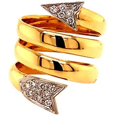 Fabulous Gold and Diamond Arrow Ring