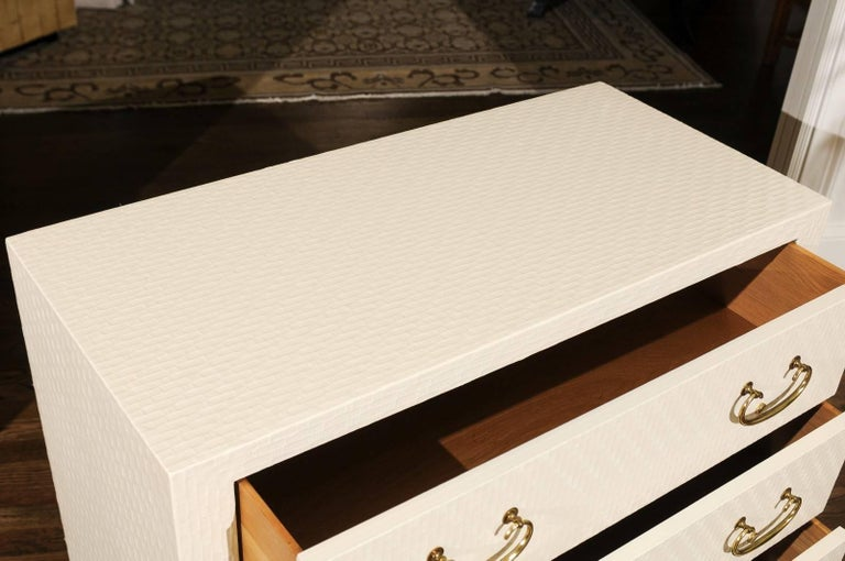 Fabulous Restored Pair of Cream Raffia Chests by Baker, circa 1975 For Sale 1
