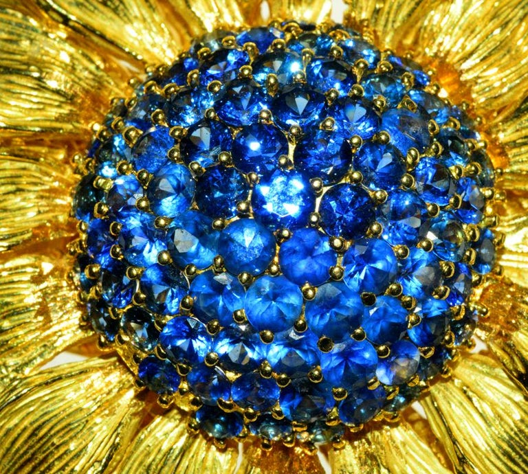 Fabulous Statement Sapphire Sunflower Brooch by Valentin Magro In Excellent Condition For Sale In Teaneck, NJ