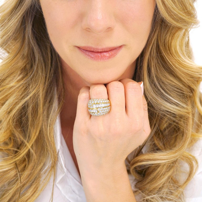 Women's or Men's Fabulous VCA Diamond Set 1970s Ring For Sale