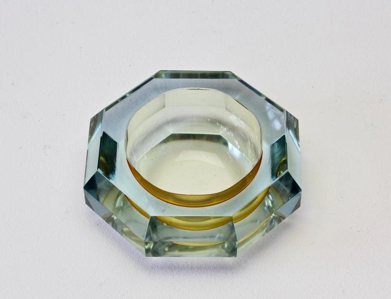 Murano Glass Faceted Murano Sommerso Diamond Cut Glass Bowl Attributed to Mandruzzato For Sale
