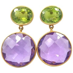 Faceted Peridot and Amethyst Medallion Plain Brushed Yellow Gold Dangle Earrings
