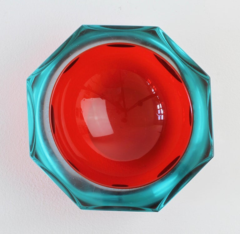 Blown Glass Faceted Red Murano Sommerso Diamond Cut Glass Bowl Attributed to Mandruzzato For Sale