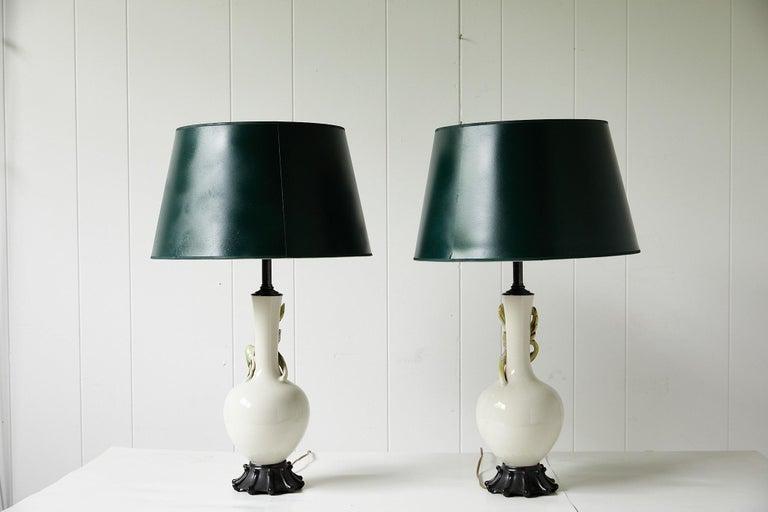 Facing Pair of Art Deco Ceramic Lamps with Birds 10