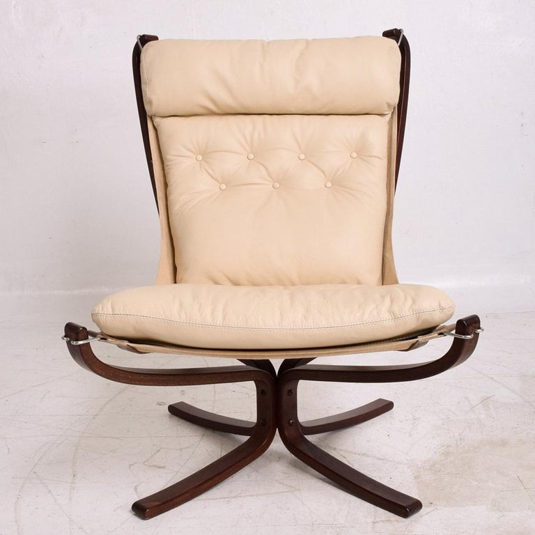 Falcon Chair by Westnofa For Sale 3
