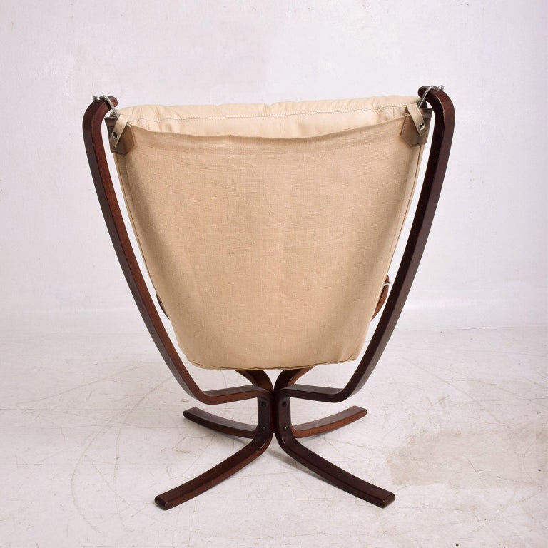 Mid-20th Century Falcon Chair by Westnofa For Sale