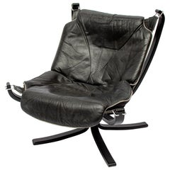 Falcon Lounge Chair in Black Leather and Grey Piping, 1970s