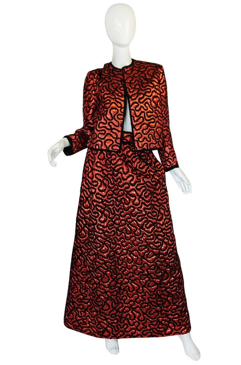 Fall 1981 Chanel Red Lurex and Chenille Cord Skirt and Jacket Set For Sale 7