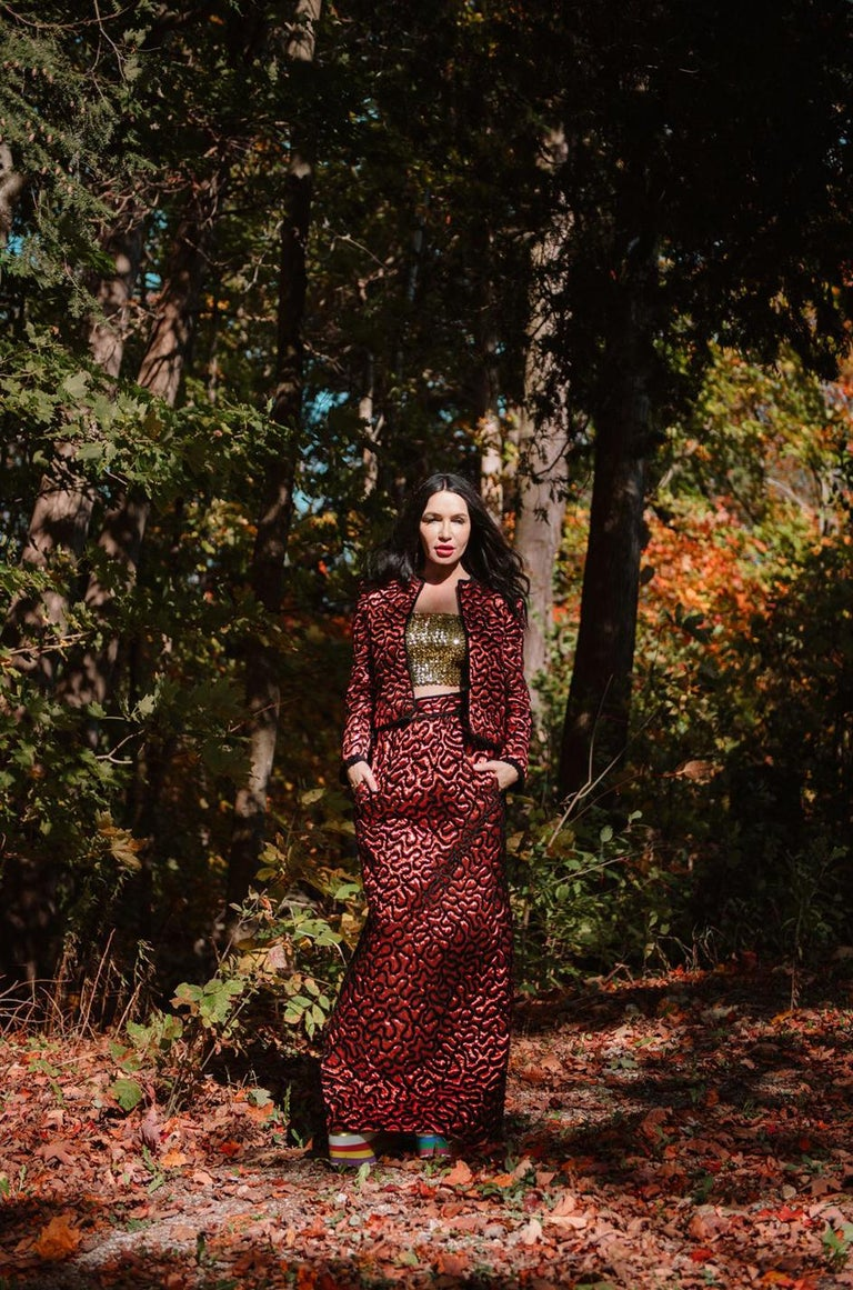 Fall 1981 Chanel Red Lurex and Chenille Cord Skirt and Jacket Set For Sale 12