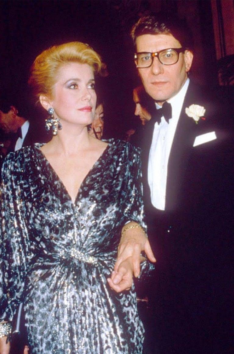 Fall 1986 Yves Saint Laurent Leopard Print Velvet Sweetheart Neckline Dress For Sale 8
