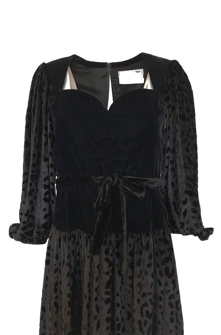 Fall 1986 Yves Saint Laurent Leopard Print Velvet Sweetheart Neckline Dress For Sale 1