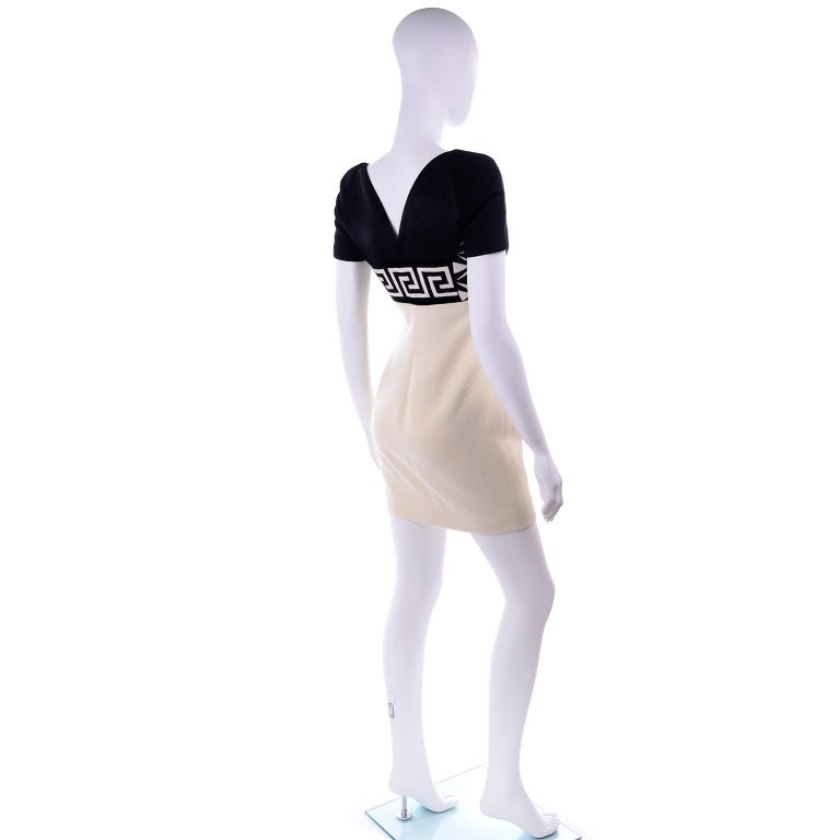 Fall 1991 Atelier Versace Gianni Vintage Black & Cream & White Dress In Excellent Condition For Sale In Portland, OR