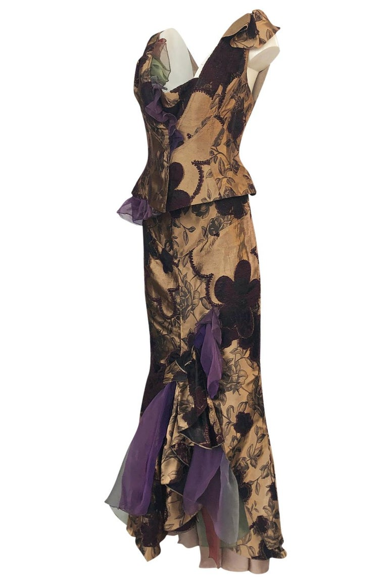 Fall 1992 Christian Lacroix Elaborate Gold & Silk Corset Top & Skirt In Excellent Condition For Sale In Rockwood, ON