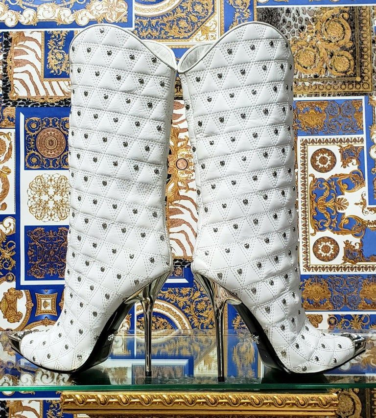 Fall/2013 L# 1 NEW VERSACE WHITE LEATHER STUDDED WESTERN STILETTO Boot 40 - 10 For Sale 1