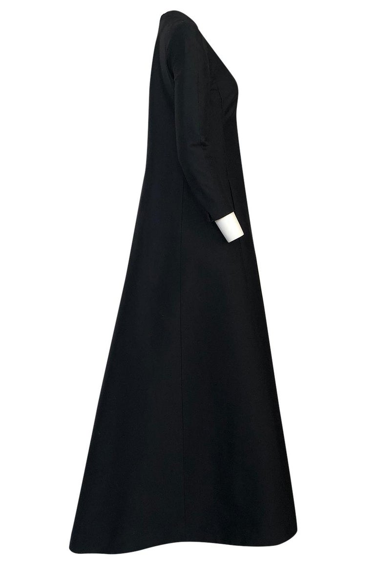 Fall 2013 Valentino Runway Finale Long Sleeve Simple & Graceful Black Dress In Excellent Condition For Sale In Rockwood, ON
