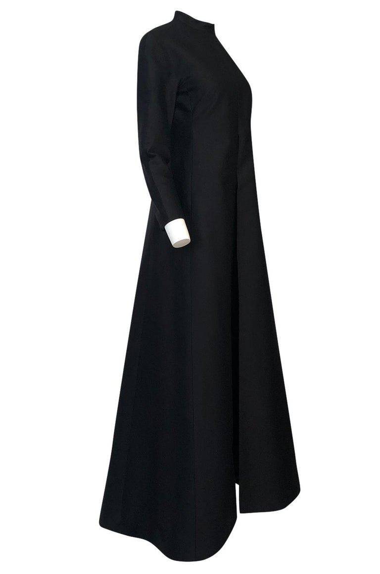 Women's Fall 2013 Valentino Runway Finale Long Sleeve Simple & Graceful Black Dress For Sale
