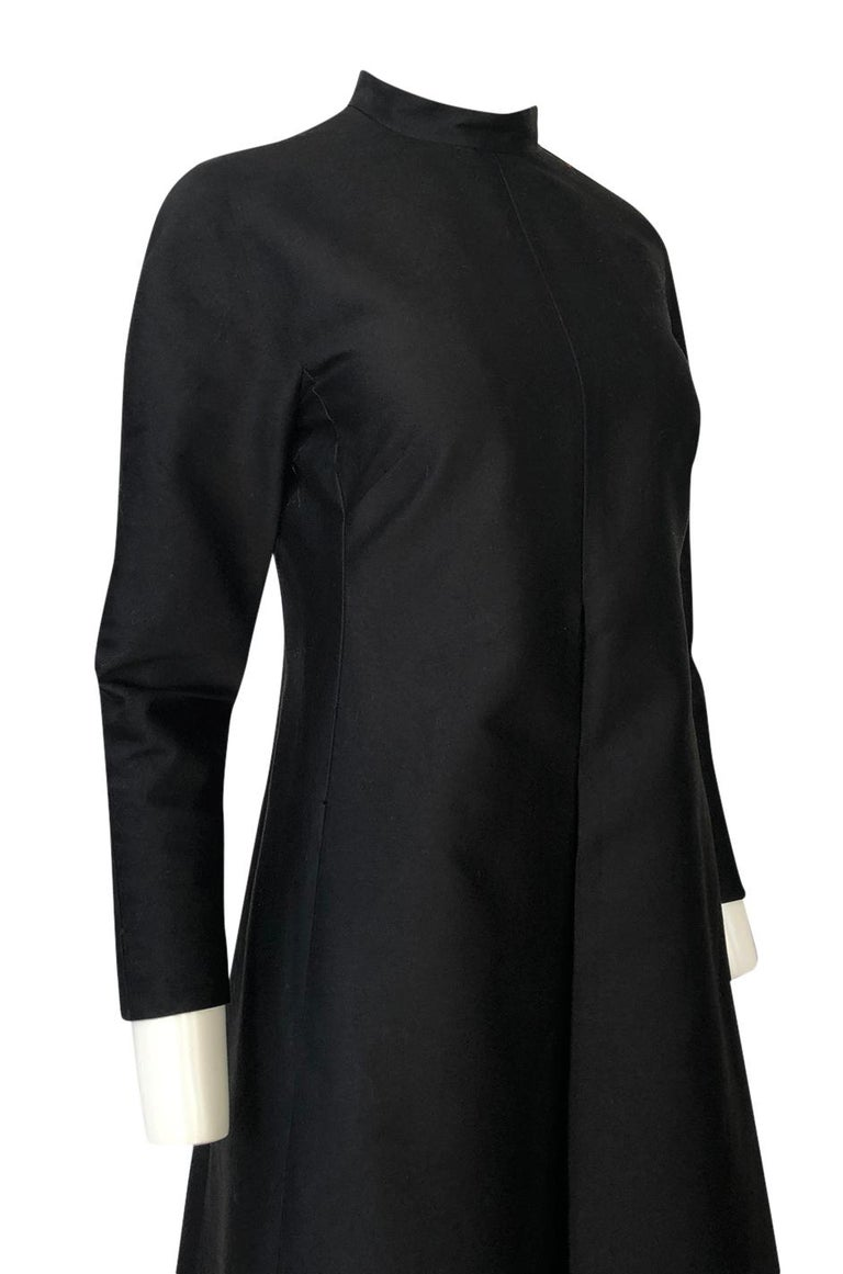 Fall 2013 Valentino Runway Finale Long Sleeve Simple & Graceful Black Dress For Sale 4