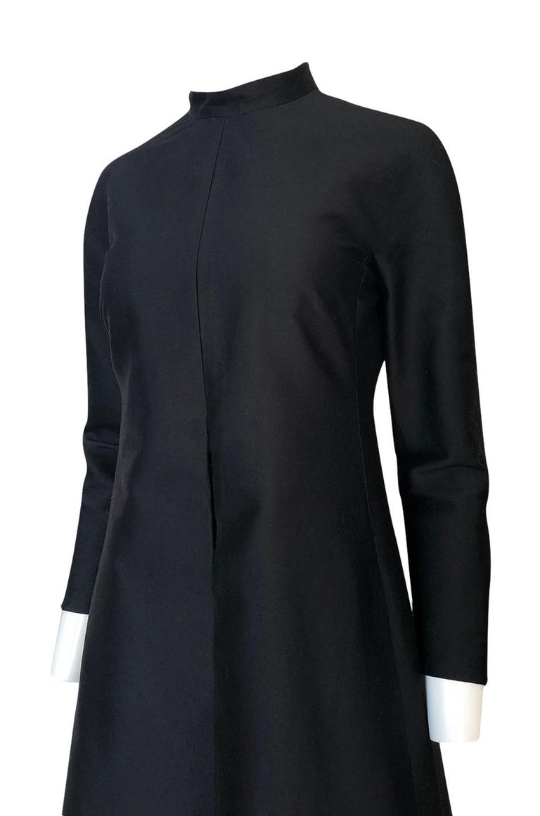 Fall 2013 Valentino Runway Finale Long Sleeve Simple & Graceful Black Dress For Sale 5