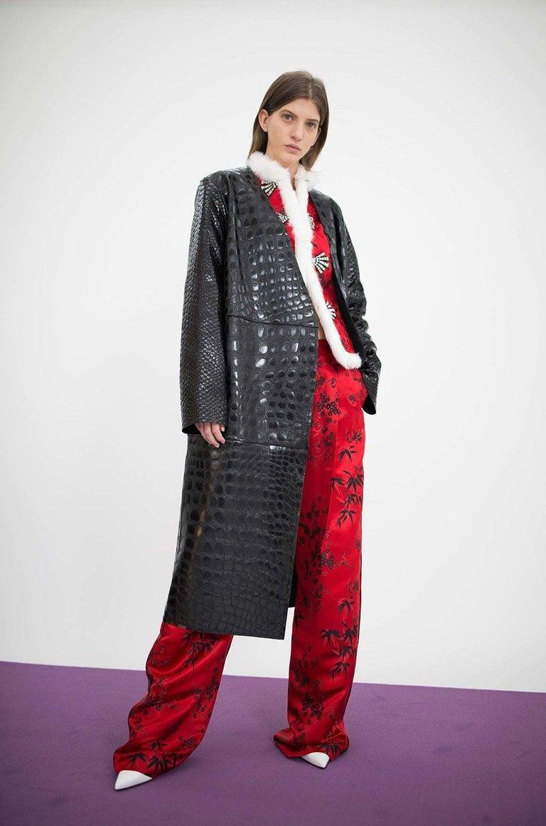 Fall 2017 The Attico 'Maria' Crocodile Embossed Glossed Leather Wrap Coat For Sale 7