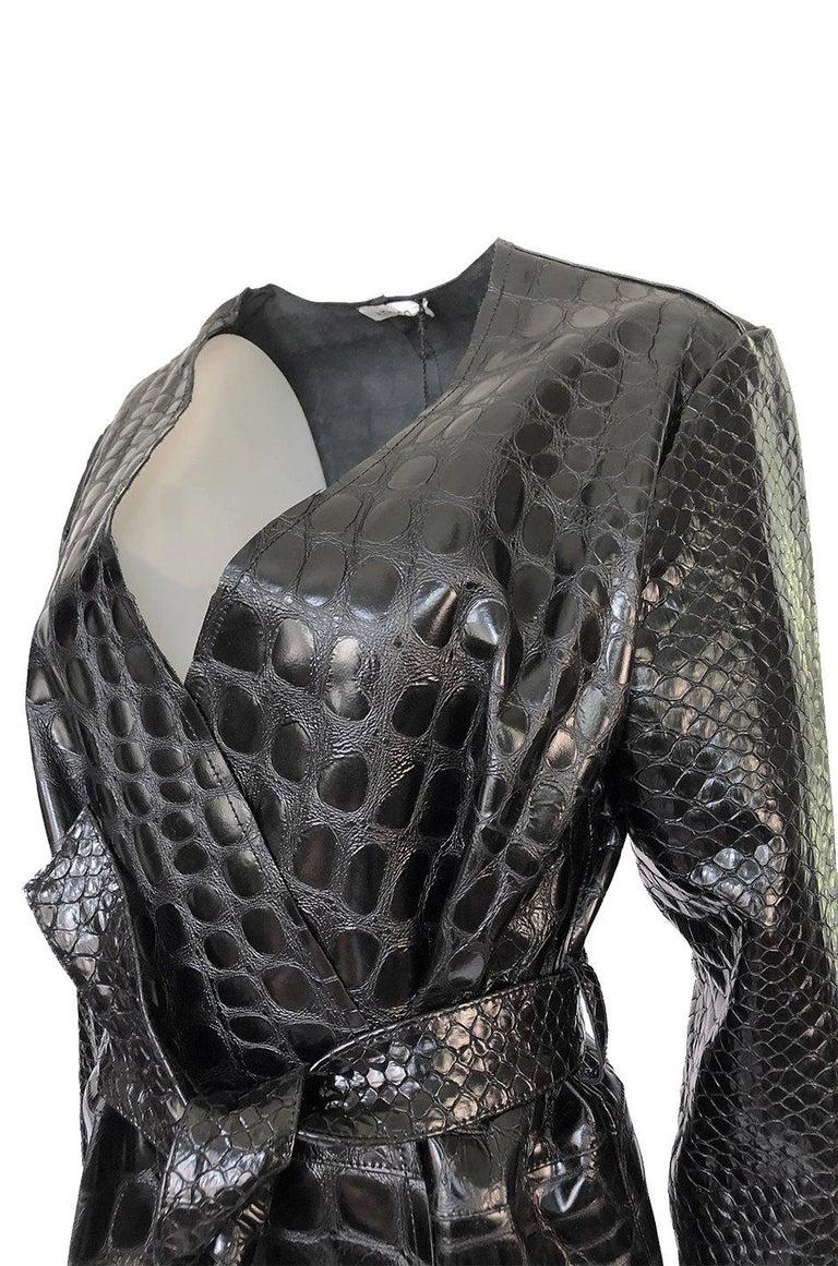 Fall 2017 The Attico 'Maria' Crocodile Embossed Glossed Leather Wrap Coat For Sale 4