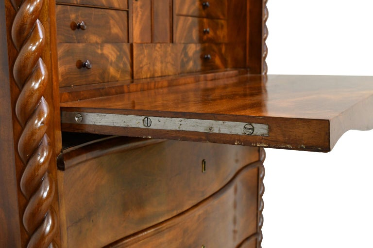 Fall-Front Desk in West Indies Mahogany Attributable to Hetsch, Denmark For Sale 7