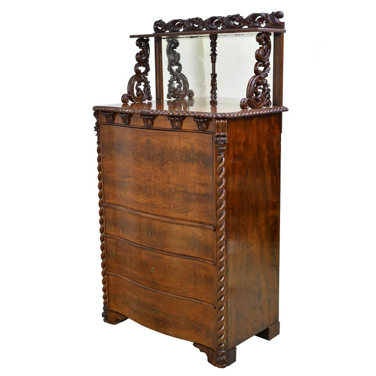 Fall-Front Desk in West Indies Mahogany Attributable to Hetsch, Denmark For Sale 8