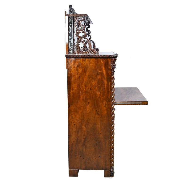 Fall-Front Desk in West Indies Mahogany Attributable to Hetsch, Denmark For Sale 13