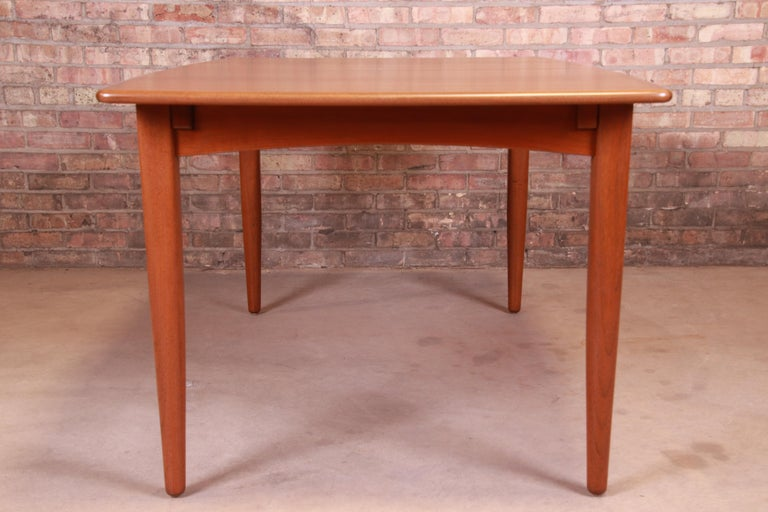 Falster Danish Modern Teak Boat-Shaped Extension Dining Table, Newly Restored For Sale 6