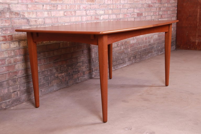 Falster Danish Modern Teak Boat-Shaped Extension Dining Table, Newly Restored For Sale 3