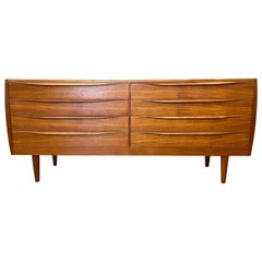 Falster Møbelfabrik-Style Danish Eight-Drawer Long Teak Dresser, 1960s