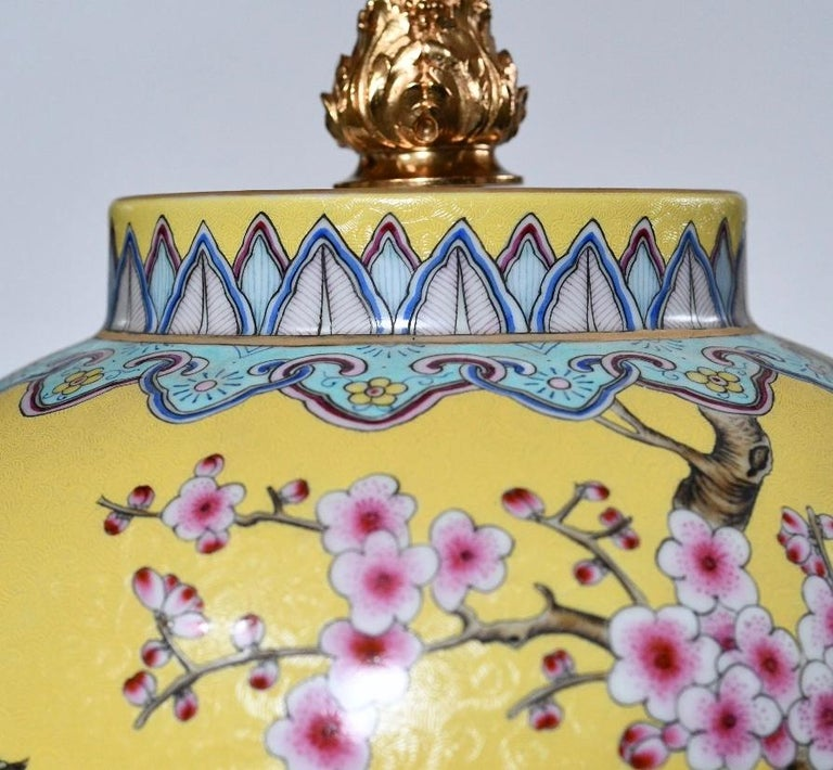 Familie Verta Porcelain Lamps In Excellent Condition For Sale In New York, NY