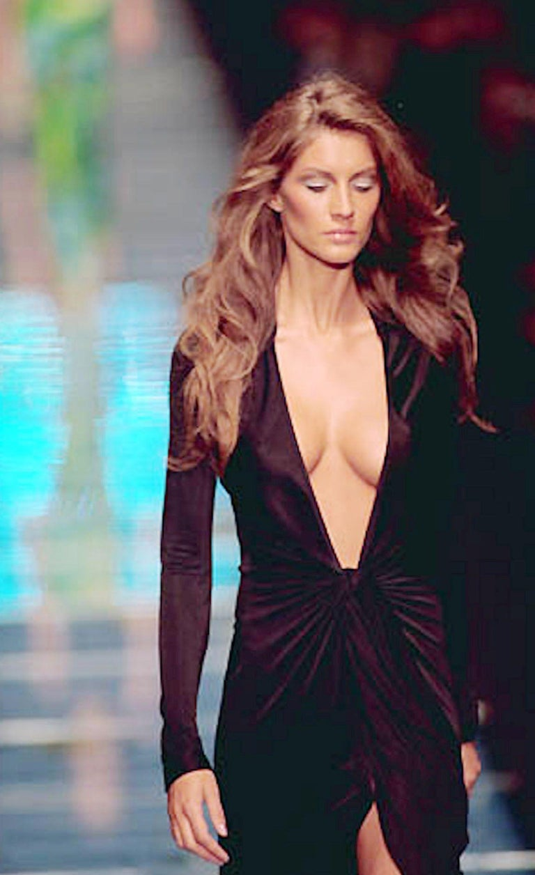 Famous Gianni Versace Couture SS 2000 Black Dress from Jungle Collection For Sale 3