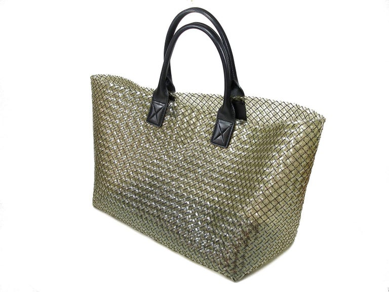 FAN-TAS-TIC Edition Limited Bottega Veneta Crystal Tote Bag GM Size / Year 2012  For Sale 2
