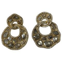 26 Flat Diamond 4.40 Cts, 398 White diam 18k Yellow Gold 23.21 Grams Earring