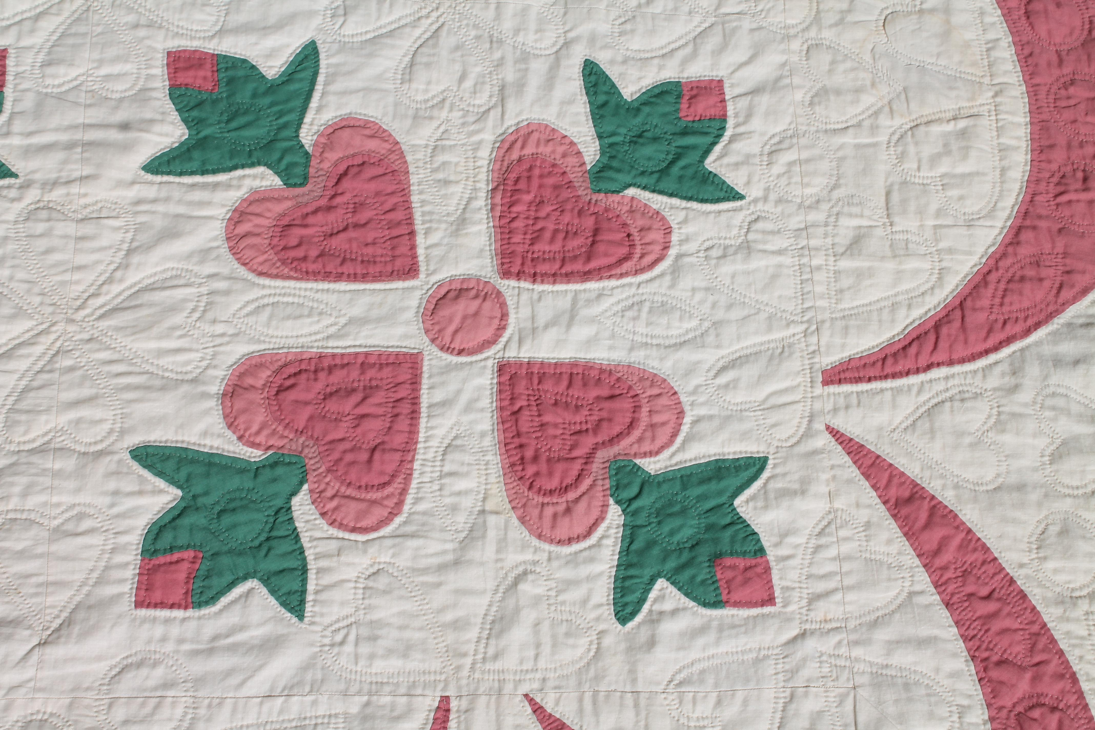 Fancy appliqué hearts quilt for sale at stdibs