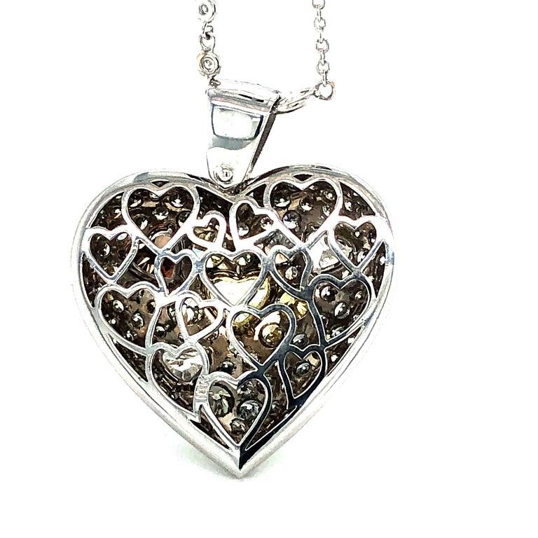 Fancy Diamond 14.95 Carat Heart Shape Pendant 18 Karat Gold For Sale 5