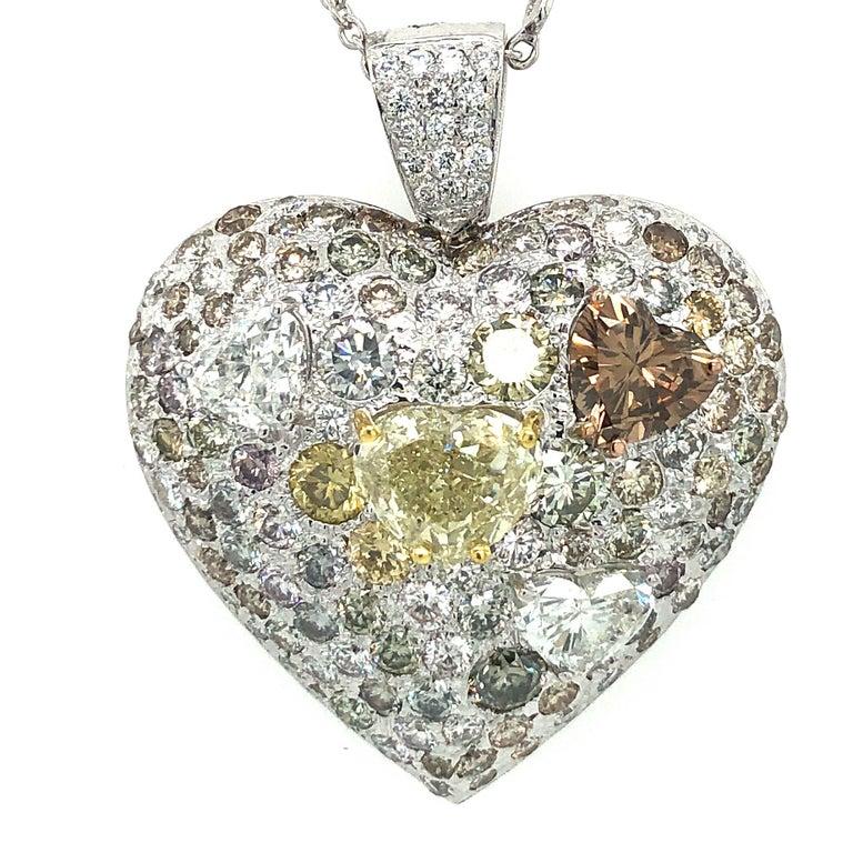 Women's Fancy Diamond 14.95 Carat Heart Shape Pendant 18 Karat Gold For Sale