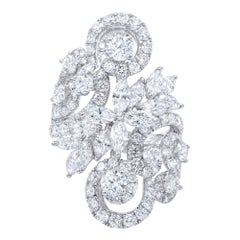 Fancy Diamond Right Hand Ring 5.61 Carat 18 Karat White Gold
