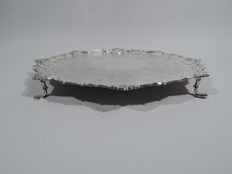 Fancy English Victorian Georgian Sterling Silver Salver Tray In Excellent Condition For Sale In New York, NY