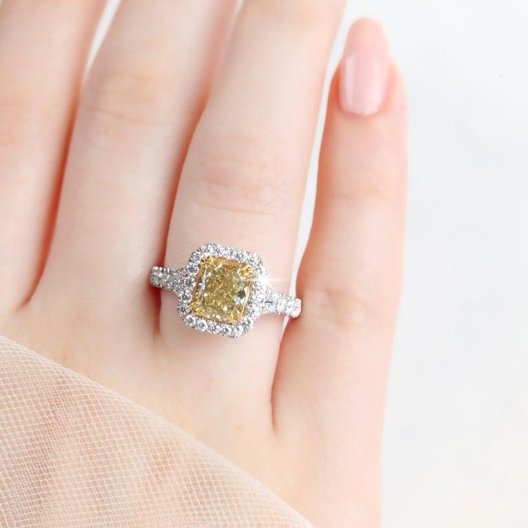 Modern Fancy Intense Brownish Yellow 1.89 Carat Radiant Diamond Engagement Ring For Sale