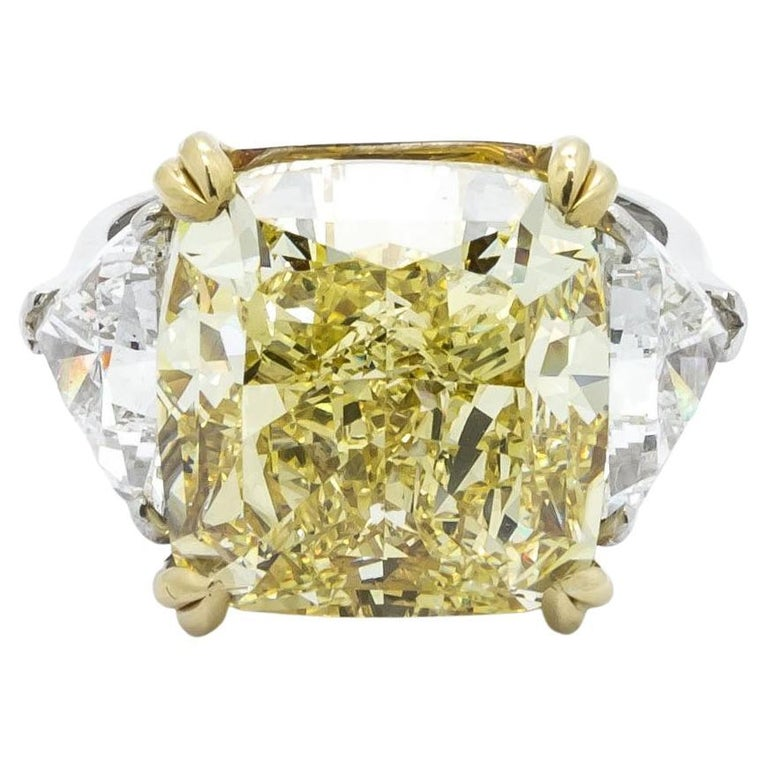 Fancy Intense Yellow Diamond Ring, Platinum and Gold, 14.51 Carats For Sale