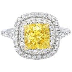 Fancy Light Yellow Diamond Fashion Ring