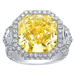 Fancy Light Yellow Diamond Ring 10.43 Carat Radiant Cut