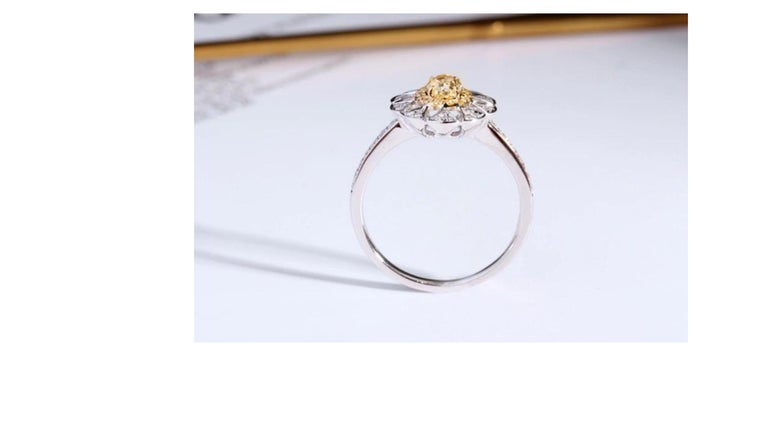 Fancy Yellow Diamond Ring 18 Karat White Gold In New Condition For Sale In Barnsley, GB