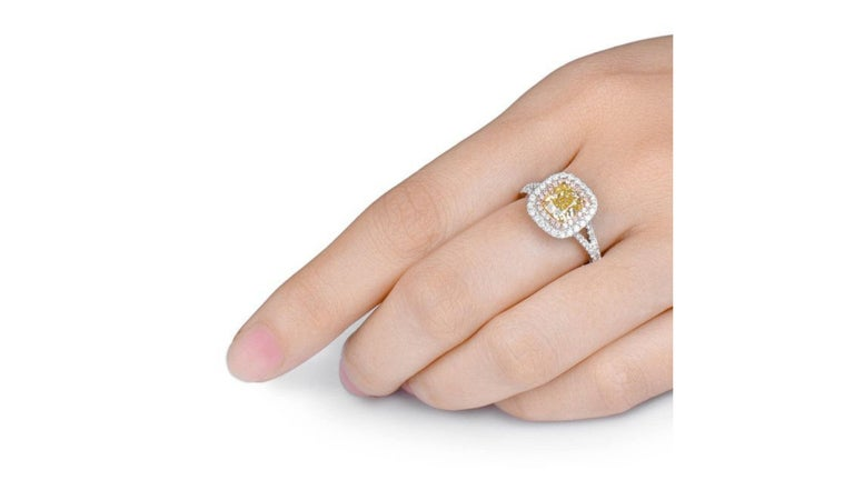 Contemporary Fancy Yellow  Pink Diamond Ring 18 Karat White Gold  For Sale