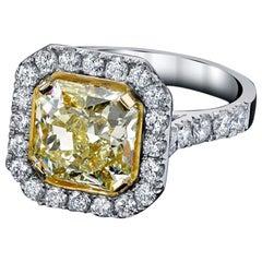 Fancy Yellow Radiant Diamond Ring 3.63 Carat Platinum/18 Karat YG GIA Certified