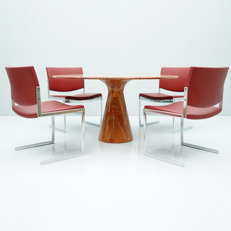 Fantastic Circular Red Brown Marble Dining Table, Italy, 1970 For Sale 4