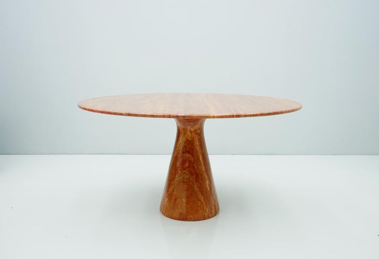 Mid-Century Modern Fantastic Circular Red Brown Marble Dining Table, Italy, 1970 For Sale