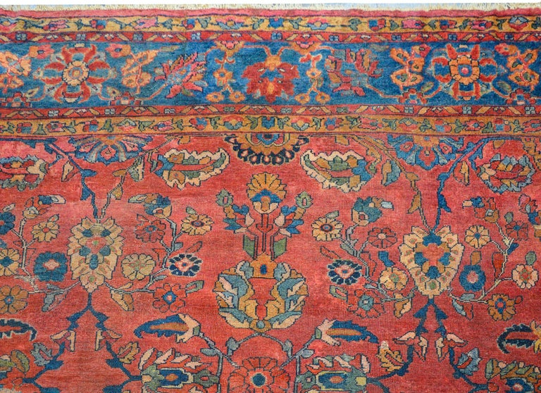 Fantastic Early 20th Century Sarouk Mahal Rug In Good Condition For Sale In Chicago, IL