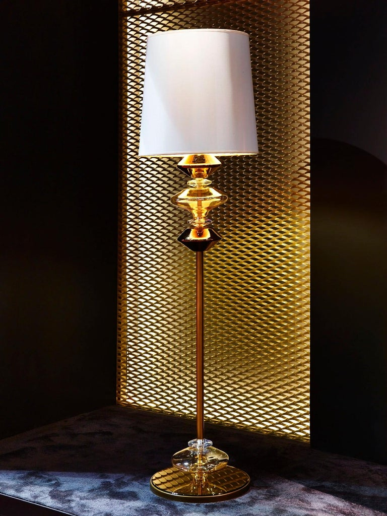 Fantastic Floor Lamp with Bronze Metal Frame Lampshade in Fabric Ivory Color In New Condition For Sale In London, GB